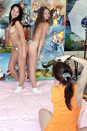 Free Teen Bedroom Porn Pictures